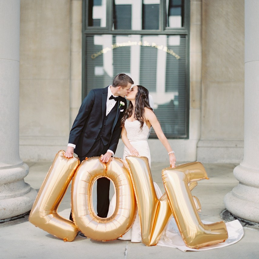 13 Valentine's Day Wedding Ideas to Send Your Heart Aflutter