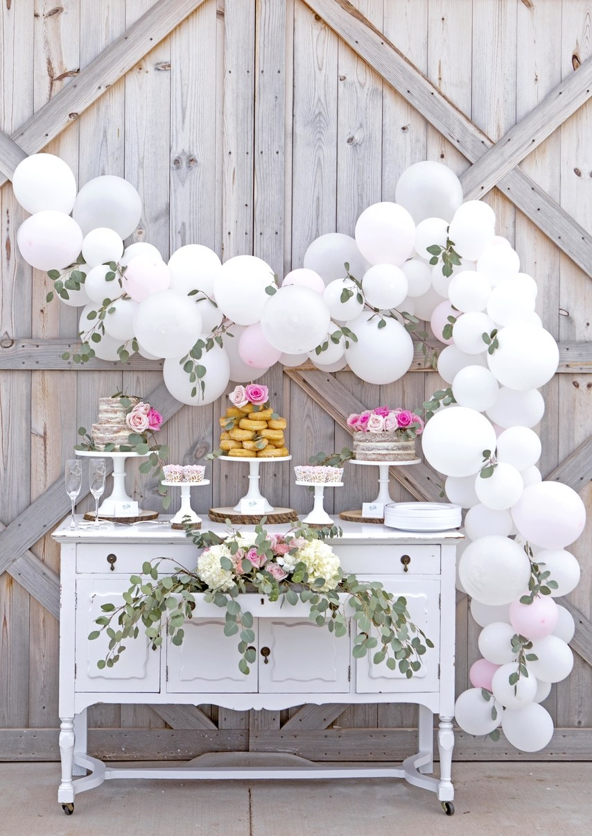 19 Ways To Use Balloons to decorate your Wedding Venue